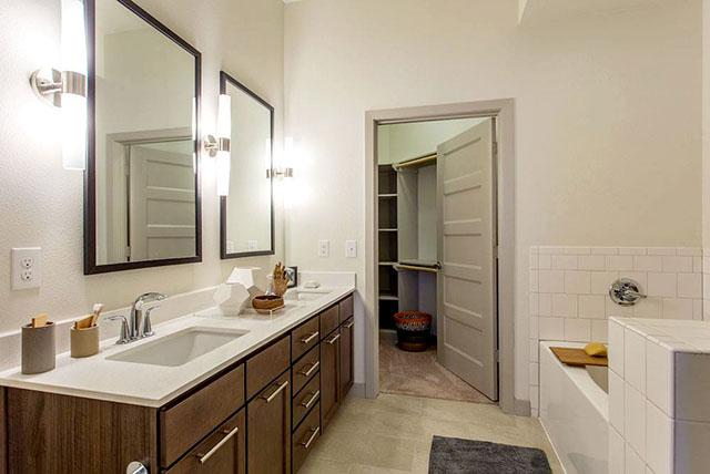 Agave Downtown Model Bathroom