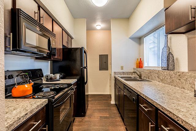 skyhawk apartments | friendswoodapartments