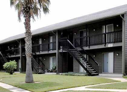 Driftwood Village Apartments And Storage