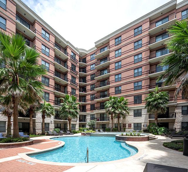 Memorial Apartments: Memorial Hills Mid Rise Apartments
