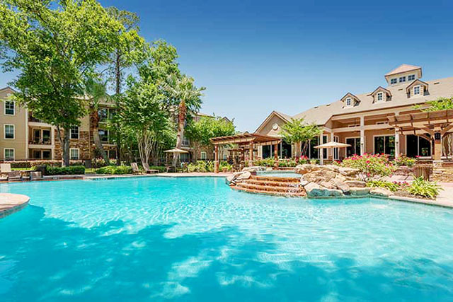 Reserve At Woodwind Lakes