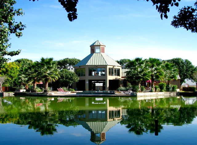Algarita Lakeside Apartment Homes San Antonio Tx