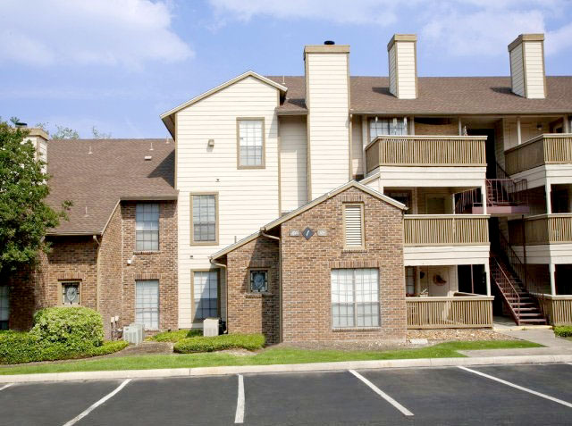 Apartments Near Bitters And